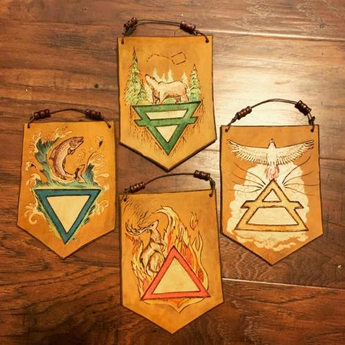 Mini grove banners